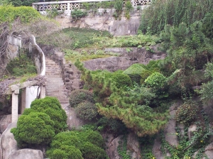 The Gulang Yu garden and beach for sunning and resting after climbing the steps!