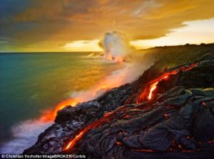 hawaii erupts